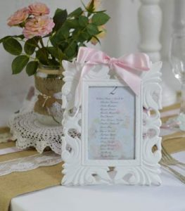 location cadre bois blanc romantique