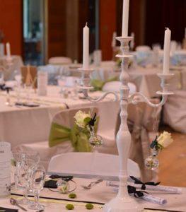 location chandelier blanc 80cm
